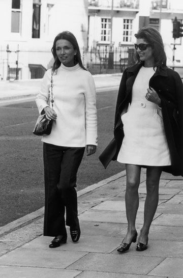 Lee Radziwill and Jackie Onassis