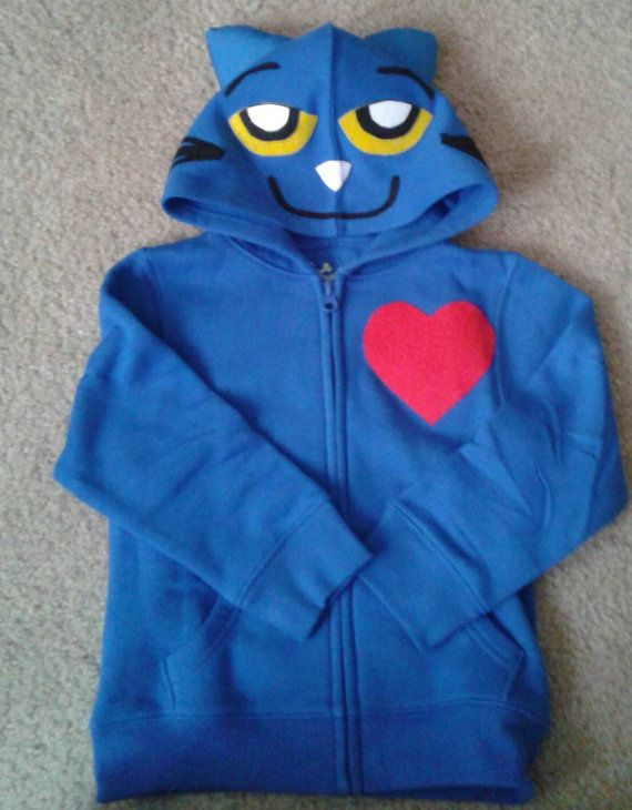 Easy Pete the Cat costume. Just by a blue hoodie and add some felt details. Soft & warm too. :-)