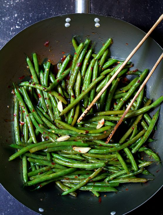 Thai Sweet Chili Green Beans - To make low carb use a Sweet Chili Sauce that is low carb and sugar free like Trinity HillsTrinity Hill Farms Sweet Chili Sauce & Marinade 12oz, All Natural, No Added Sugar, Sweetened with Stevia or make your own.