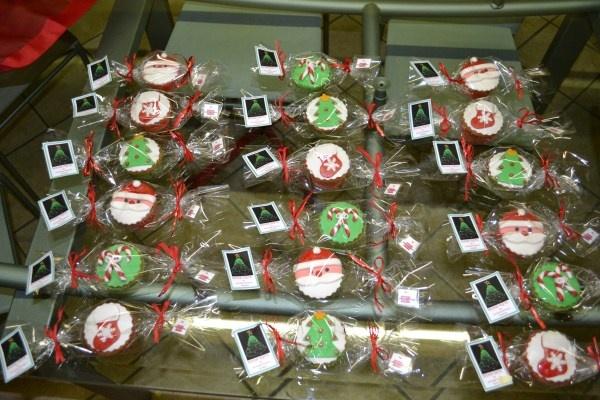 Confezionamento cupcakes Natalizi