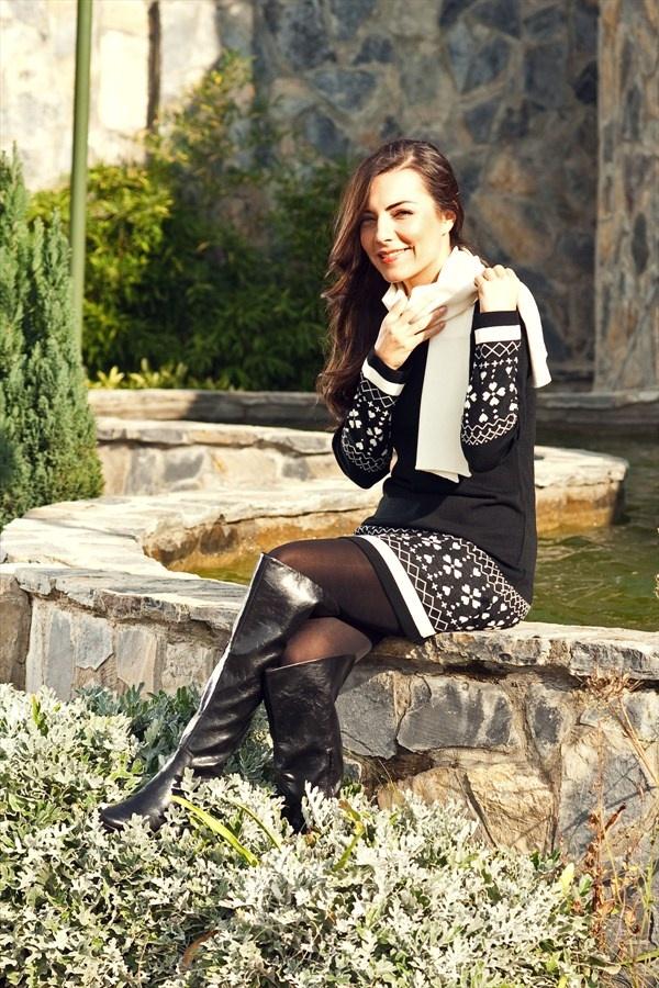 Burcu Kara'nın Seçtikleri - Dilek Şahin Siyah Elbise D.Ş.12.003 %58 indirimle 49,99 TL Trendyol'da
