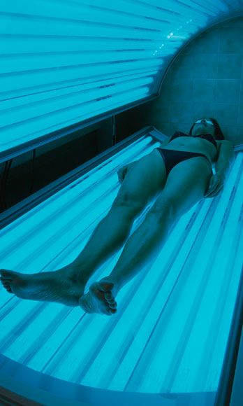 There has never been more evidence to show that TANNING BEDS GIVE YOU CANCER. Share this story with everyone you know.