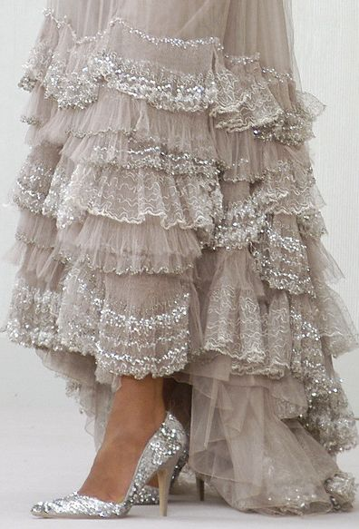 Chanel, Spring 2004Lace, Chanel, Fashion, Style, Clothing, Shoes For Wedding Dresses, Pretty, Ruffles, Haute Couture