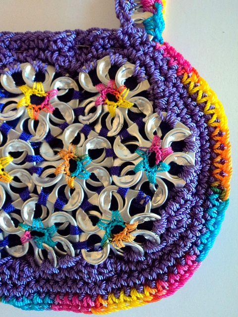 Já tenho vários lacres guardados, só falta aprender a crochetar...