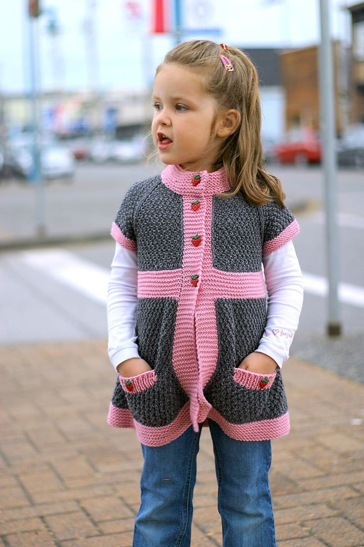 Pepper is a very playful and modern girl's cardigan featuring cute pockets and…