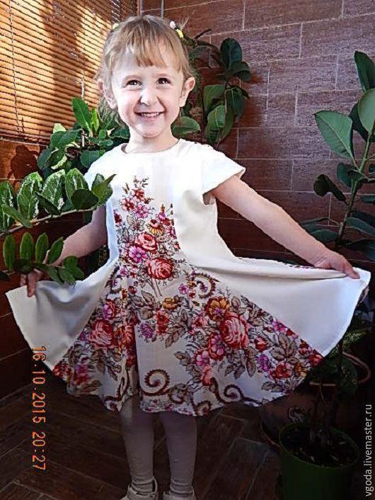 Купить или заказать Платье детское с клиньями в интернет-магазине на Ярмарке Мастеров. Красочное детское платье…