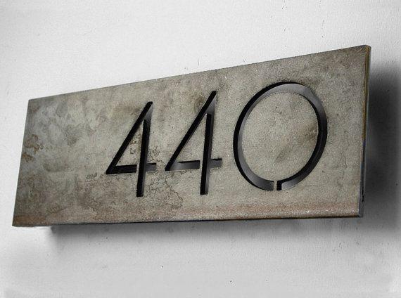 The Monroe House Numbers di boldmfg su Etsy