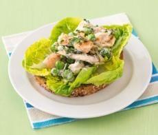 Recepty: Kuřecí salát na opečeném chlebu