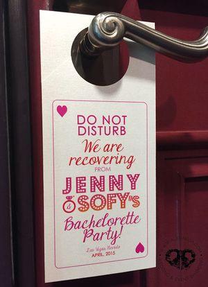 Bachelorette party doorhanger, despedida de soltera, las vegas