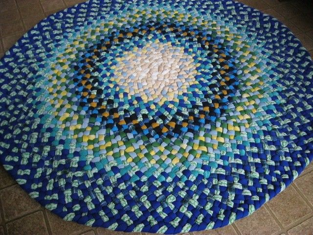 Royal Blue Round Braided Rug From Recycled Cotton Braided Rugs Rugs Homemade Rugs