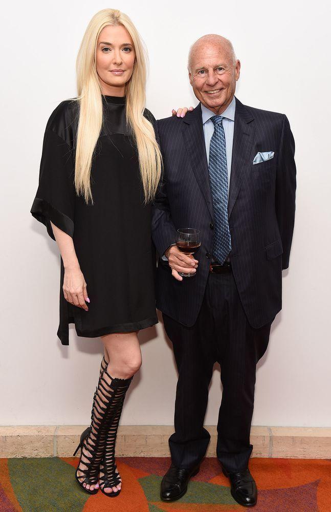 Erika Girardi Bought Husband Tom Girardi A 5 000 Toilet For The Holidays Erika Jayne Celebrity Fashion Trends Celebrity Style