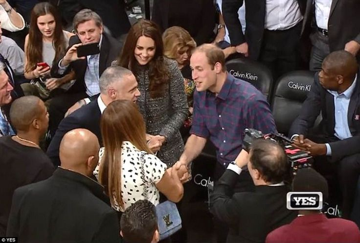 Royalty meets pop: The Duke and Duchess of Cambridge, and Beyoncé and Jay-Z, came face-to-face at a Brooklyn Nets game tonight Read more: http://www.dailymail.co.uk/news/article-2866384/British-royalty-meets-pop-royalty-William-Kate-join-Beyonc-Jay-Z-courtside-Brooklyn-Nets-basketball-game.html#ixzz3LNJTBdGI Follow us: @MailOnline on Twitter | DailyMail on Facebook