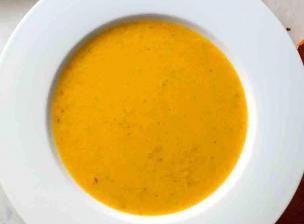 Recette Soupe épicée détox de Tara Stiles - Feminin Bio