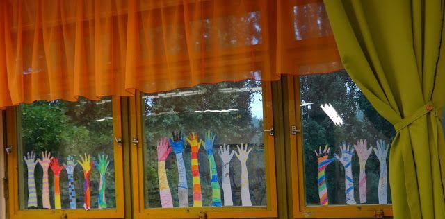 Csak kreatívan- A rajztanár szeme: Az osztály dekorálása, az ötödik osztály ablaka