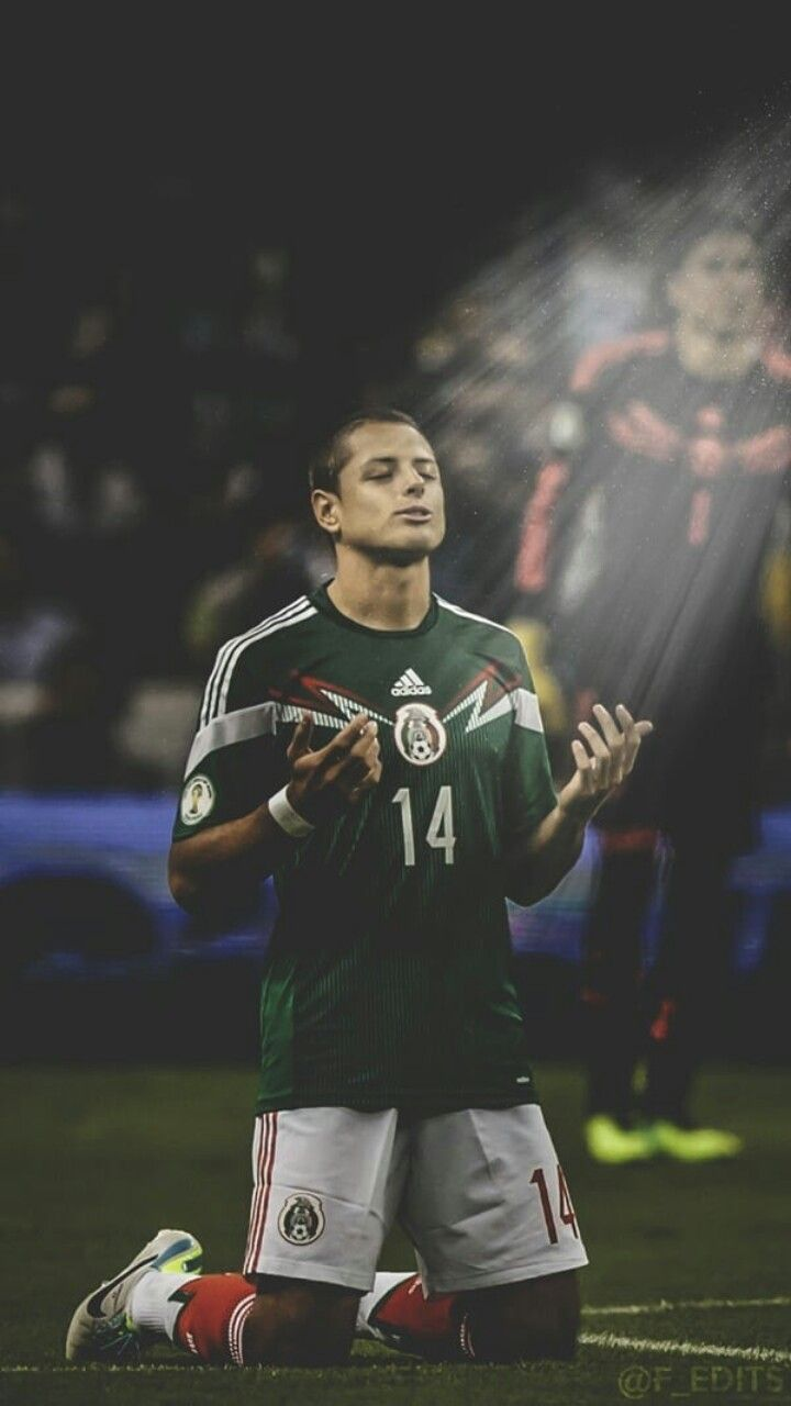 Pin By M7 On لاعبين كرة القدم Javier Hernandez Mexico Wallpaper Mexico Soccer