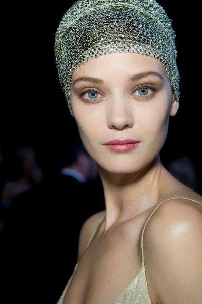 Trucco nude: pelle perfetta e tonalità opache per un makeup naturale e sofisticato
