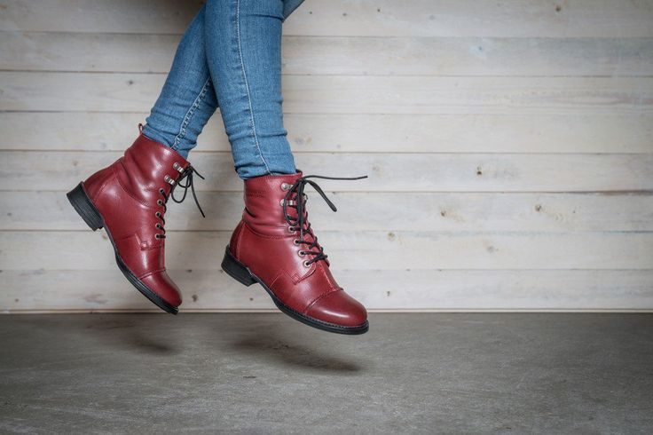 PANDORA Original boot via Ten Points webshop. Click on the image to see more!