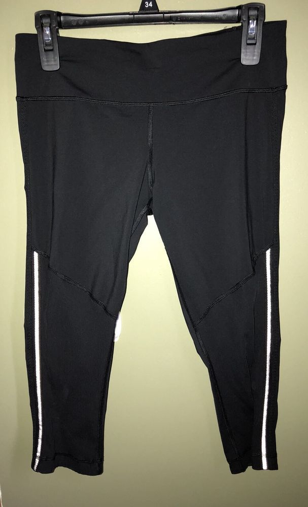 ee6d27b7e Details about EUC Womens Lululemon Size Small Solid Black Cropped ...