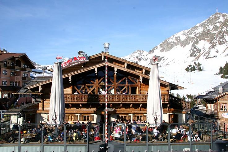 Fun apres ski partying awaits you at the Lürzer Alm in Obertauern http://www.luerzer.at/en-alm-chalet-obertauern.htm