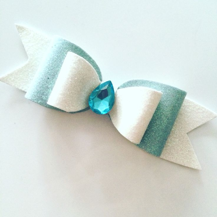 "Bow ""Jasmine""  Little Celine!! Making your little one shine brighter  For wholesale:info@littleceline.com Shipping worldwide  Follow us on instagram and facebook . LittleCeline store"