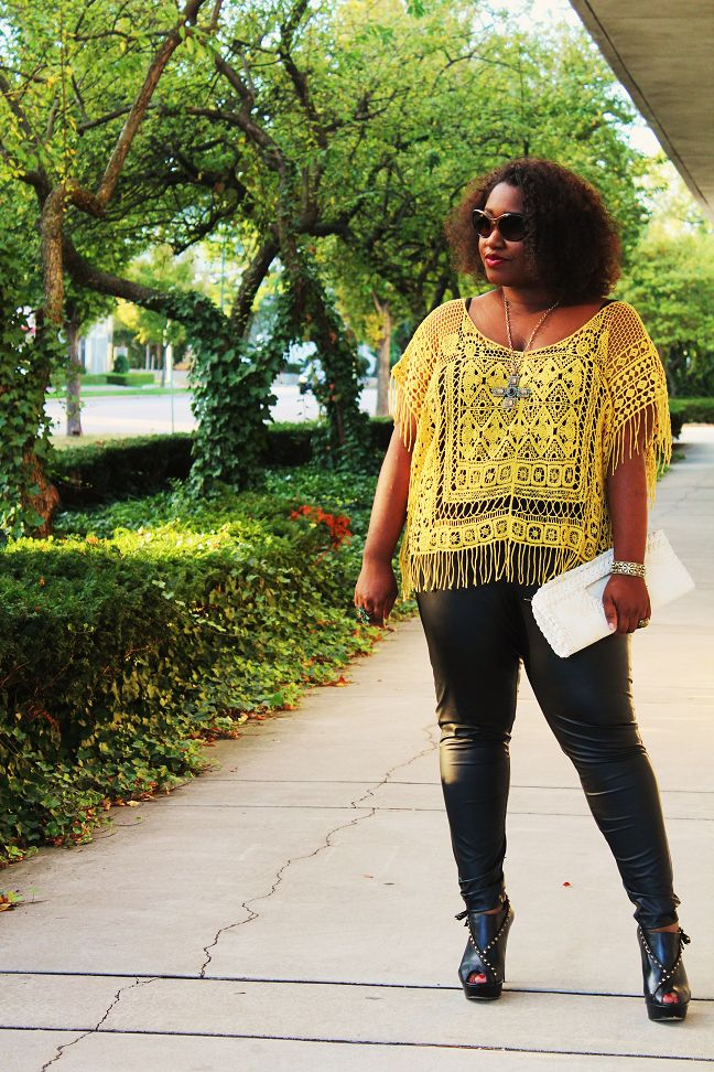 Shapely Chic Sheri - Curvy Fashion and Style Blog: Mellow Yellow: Crocheted Top, Coated Leggings + Gold Details
