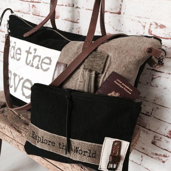 "Image of Ensemble week-end bag / Sac Cabine ""Ride the waves"" et sa pochette"