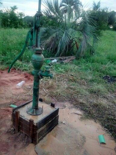 Antigua bomba de agua en Santa Rosa - corrientes - arg