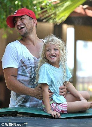 aww! peter andre and princess, adorable