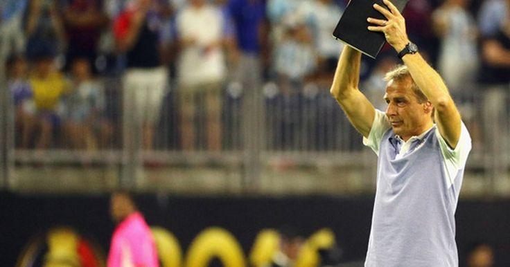 Klinsmann Bantah Rumor Akan Melatih Sunderland -  https://www.football5star.com/liga-inggris/sunderland/klinsmann-bantah-rumor-akan-melatih-sunderland/