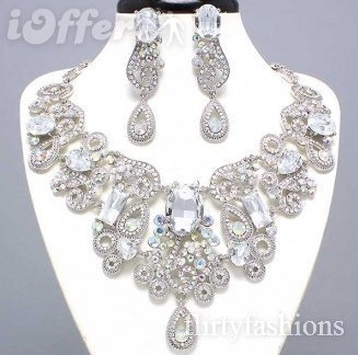 I can only imagine the dress that would require jewelry like this. Amazeballs!!