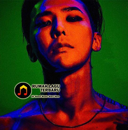 """Korea Music Content Industry Association baru – baru saja mengeluarkan statement bahwa album terbaru G-Dragon yang bertajuk """"Kwon Ji Yong"""" yang dirilis menggunakan USB, tidak bisa dikatakan sebagai sebuah album. Berita Musik Terbaru, Berita Musik Kpop, G Dragon, Kwon Ji Yong, G Dragon Kwon Ji Yong Album, Kwon Ji Yong Album, G Dragon Respon to Gaon, Berita Album G Dragon"""