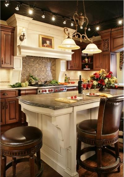 Homey Traditional Kitchen by Rose Marie Carr