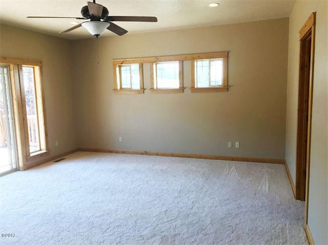 Single Family Home for Sale at 25 West Steamboat Way 25 West Steamboat Way Thompson Falls, Montana 59873 United States