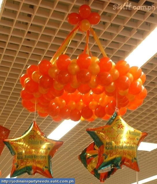Chandelier balloon balloon ideas pinterest for Balloon chandelier decoration