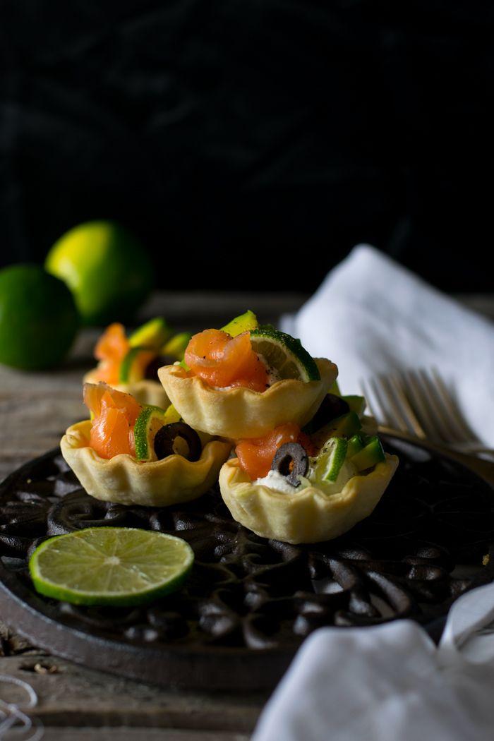 Tartellette salmone e avocado
