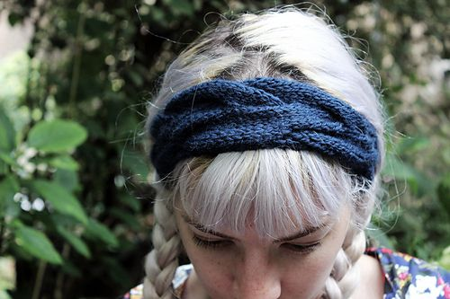 Ravelry: Gabberdashery's Cable Headband