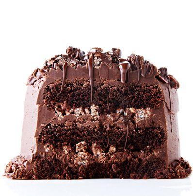 Decadent Chocolate Rice Krispies Crunch Cake #BiteMeMore #BestChocolateCake #Chocolate