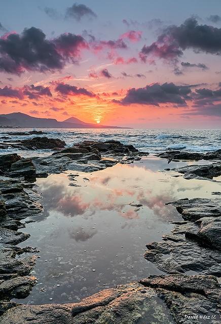 Atardecer en El Puertillo (Gran Canaria) by David Hdez. , via Flickr