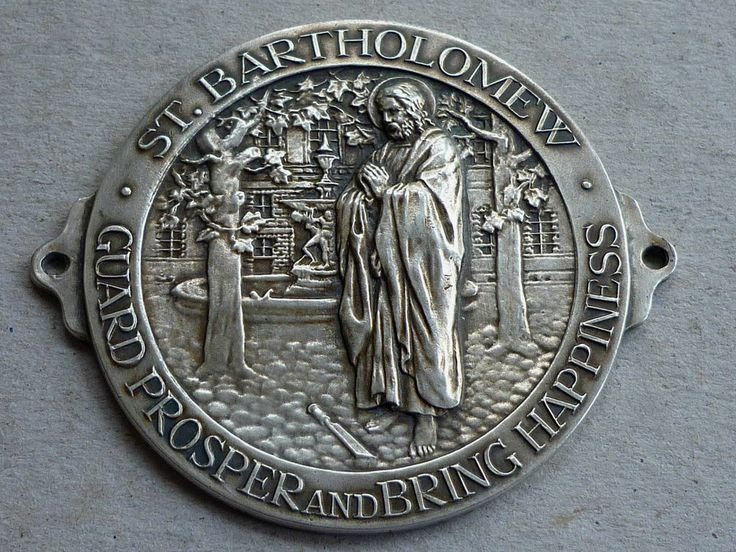 VINTAGE SILVER PLATED DASHBOARD PLAQUE ST BARTHOLOMEW HOSPITAL BADGE c1930's