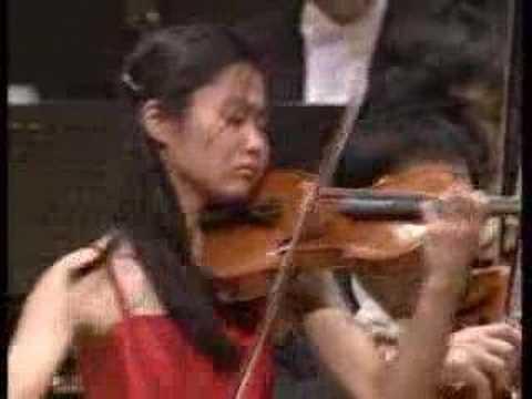 Shostakovich - Violin Concerto No.1 Mvt.4 - Sayaka Shoji 5/5