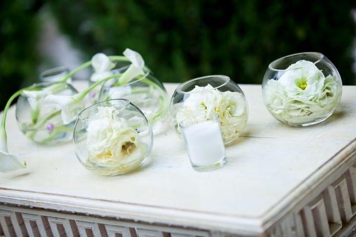 Centres de table avec fleurs immerg es tables articles and centre - Fleurs table mariage ...