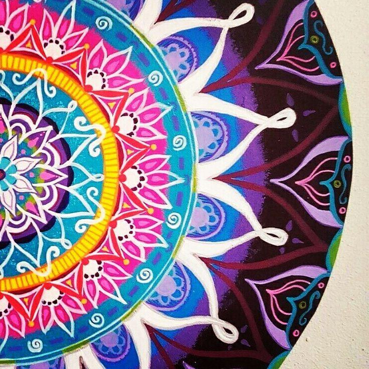 Boho-energy-circles for sale @Www.creativeartbyjessica.nl #boho #bohostyle #hippie #hippieart #bohochic #ibiza #ibizastyle #mandala #mandalas #mandalaart #yoga #meditation #welness #design #handmade #ibizablogger #meditatie #fashion #decoratie #art #kunst #lifestyle #roundie #healing #painting #buddha #boeddha #schilderij #painting #art #kunst #bohemian #acryl #schilderij