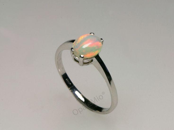 Anello in argento e opale australiano australian natural opal silver ring minerals gems jewellery