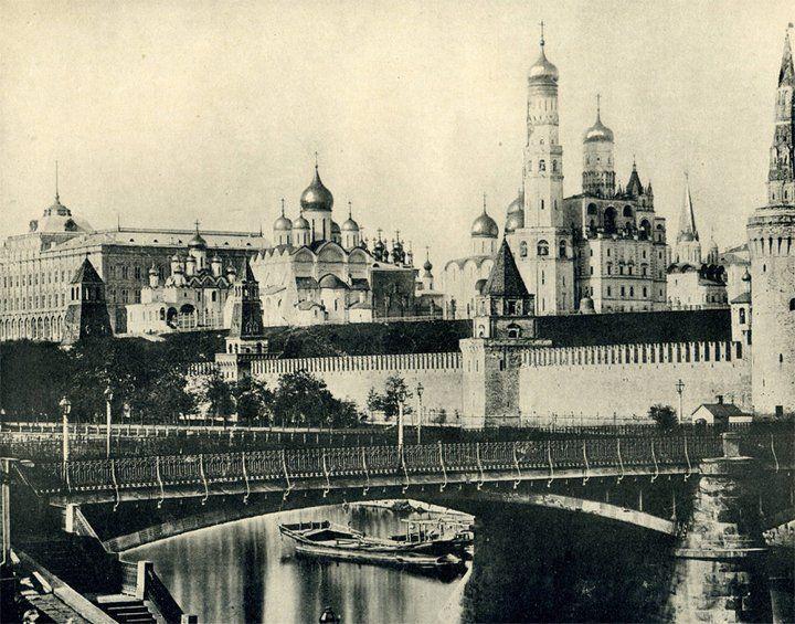 http://pulson.ru/istoriya-i-retro/retro-fotografii-moskvyi-1896-goda-38-foto.html