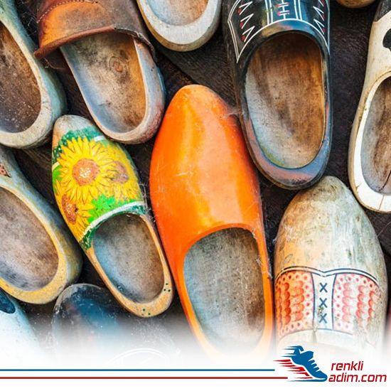 Ayakkabı tarihi ile ilgili tüm bilgileri yazımızda bulabilirsiniz. Detaylar İçin: bit.ly/2bkf9pM #renkliadım #ayakkabı #ayakkabıtarihi