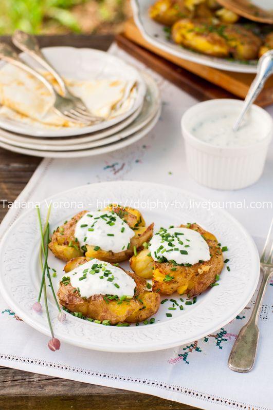 Для конкурса «Кулинарная книга блогеров LiveJournal». Номинация: Вегетарианские рецепты Картофель по-австралийски со сметанным соусом Картофельные блюда…