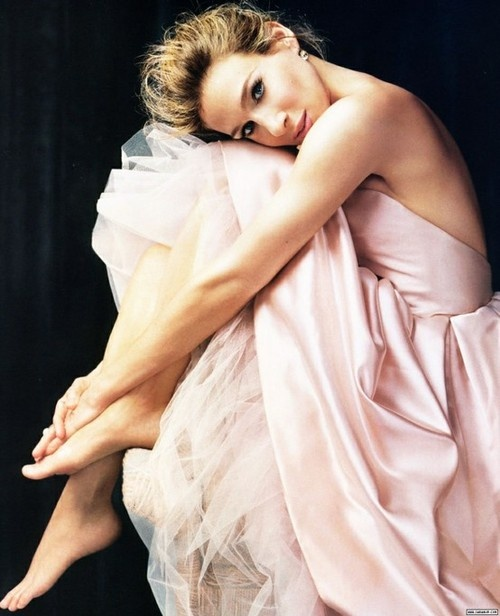 Carrie Bradshaw | a pink tulle dress / Sarah Jessica Parker in Sex and the City