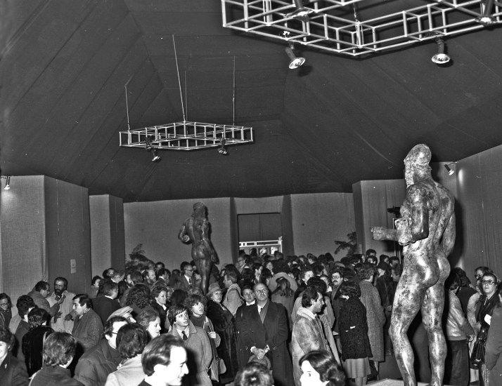 """L'inaugurazione della mostra """"I Bronzi di Riace"""" a #Firenze, 15.12.1980. Foto: Archivio Fotografico SBAT #bronziriace"""