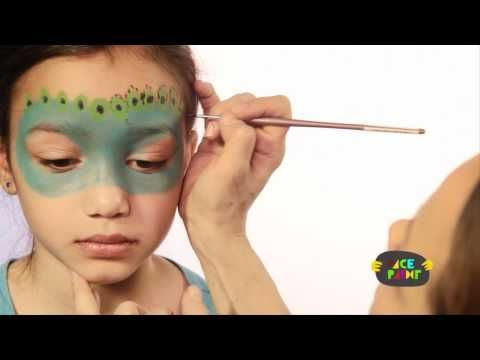 ''VIDEO'' - Peacock Face Painting Tutorial.