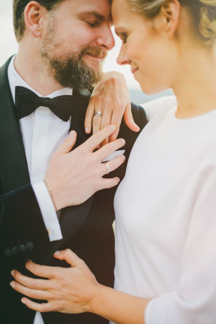 If you're looking for a no-fuss, budget-friendly wedding, city hall might be a great place for you to get married. Avoid the stress of a big wedding with tips for organizing simple city hall nuptials.